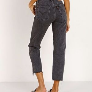 [nwt] Levi Wedgie Straight Jeans